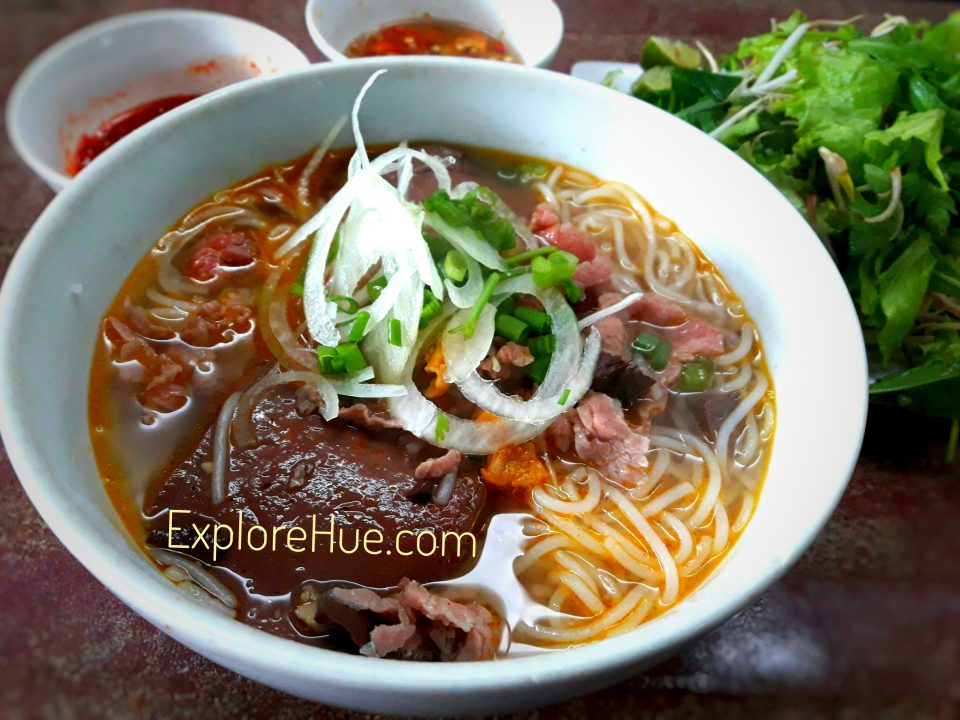 Hue Specialty Food - Hue noodle soup