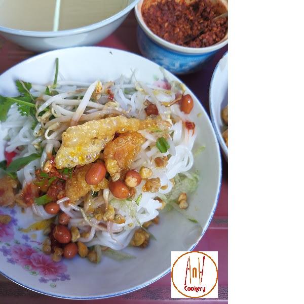 Hue clam noodle-Hue specialty food