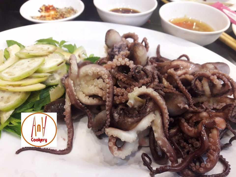 Vietnamese local cuisine - octopus