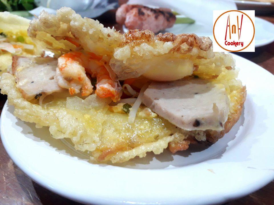 banh khoai Hue pancake